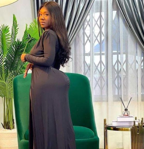 Hajia Bintu Goes 'Naket' On Social Media As She Proves Her Hips And Bortos Are Real – Photos