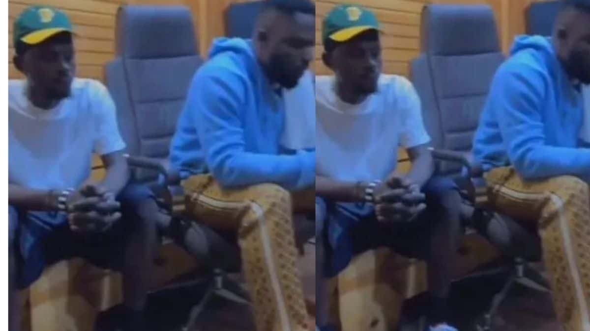 Read more about the article Black Sherif And Omar Sterling Hit The Studio, Fans Anticipate.